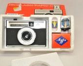 CAMERA, AGFA Isoflash-Rapid C Vintage Camera OUTFIT
