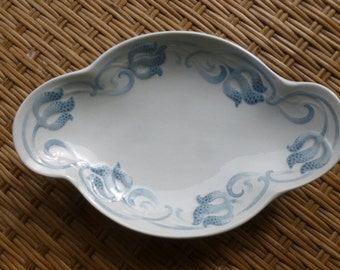 French Country Antique Blue and White Plate Sarreguemines U & Cie, Trefle