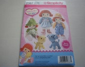 Pattern Doll and Outfits Stuffed Dog and Cat Simplicity 2387