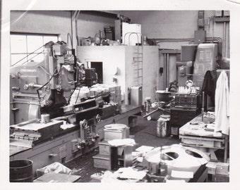 Vintage Photo - Machine Shop - Vintage Photograph, Vernacular, Found Photo   (ZZZ)