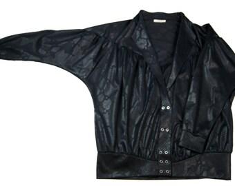 80s Black Faux Reptile Print Leather Batwing Jacket. size l