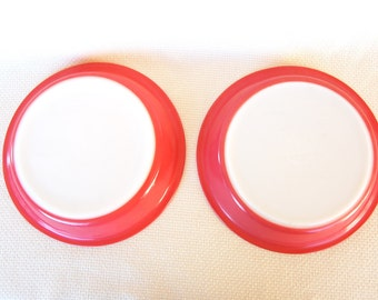 Set of 2 Vintage Pyrex 209 Pie Plates in Flamingo Red aka Flamingo Pink number 209 Pie Plate