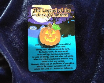 Jack-O-Lantern Pin, Jack-O-Lantern Brooch, Pumpkin Pin, Pumpkin Brooch, Halloween Pin, Halloween Brooch, Novelty Jewelry, Pumpkin Jewelry