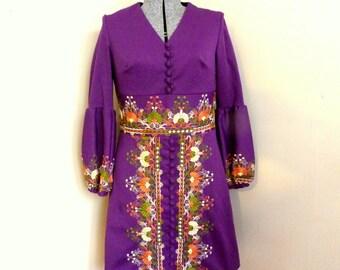Beautiful 1970's Boho Hippie Festival Dress Purple Hippie Dress Embroidered
