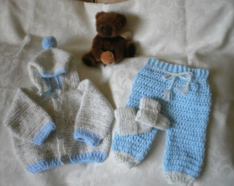 Boys 3 Piece Sweater Set in 3 to 6 Months