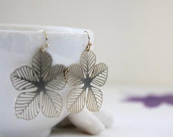Floral Earrings. Matt Gold. Statement Earrings. Everyday Wear. Modern Chic. Gift For Her (SER-56)