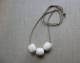 Speckles Tube Necklace