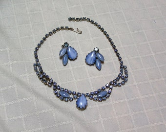 Vintage blue cabochon and blue rhinestone BridalT Necklace and clip earrings