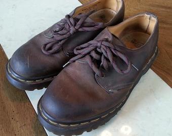 Vintage Brown Leather Doc Marten Dr Marten Size 5 Oxfords 4 Eye Made in England Unisex 1990s