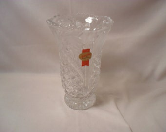 Anna Hutte Bleikristall Lead Crystal with Etched Flowers Vase