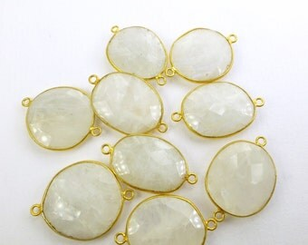 MOONSTONE. White Moonstones. CoNNEcTOR LiNKS. Natural. LARgE Size. Flat Rose Cut. Freeform. VERMEiL. 1 pc. 12.0 cts. 20 to 22 mm (C-Ms4gold)