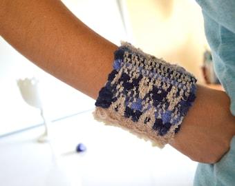 Handwoven Blue Cuff Bracelet, Textile Bracelet, Hand Woven Fiber Bracelet, Boho Bracelet, Gift for girlfriend, Fiber jewelry