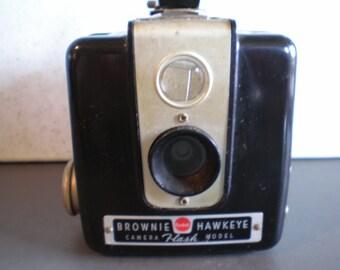 Vintage Mid Century Kodak Brownie Hawkeye Camera - Flash Model