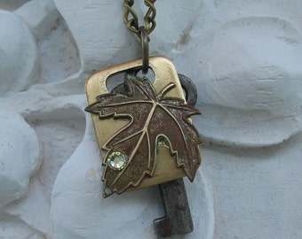 Leaf Tag with Vintage Key