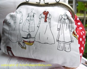 Retro Flower Kiss Lock Frame Women Messenger Purses Clutch----Makeup,Evening Bag, Prepare To Travel
