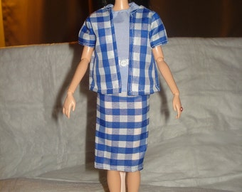 3-piece suit with belt in white & blue checked print for Fashion Dolls - ed532