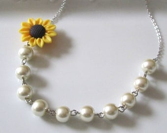 Pearl necklace with sunflower  and *** FREE EARRINGS***,  bridal necklace, bridesmaids necklace , sunflower jewelry, flower necklace