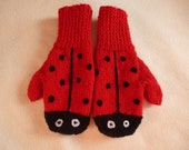 Ladybird / Ladybug Mittens -  ready to ship sized 4 to 6 years, hand knitted by scunjeebabe