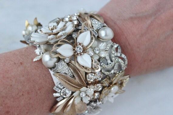 Cuff Cream White Bride Wedding Leaf Floral Flower Rhinestone Statement Statement Vintage Costume Jewelry Cuff Bracelet