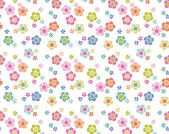 SALE Dainty Blooms White Blend Fabrics 1 Yard