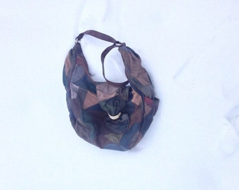 Classic Vintage Patchwork  Luxury Purse Tote Handbag Like New