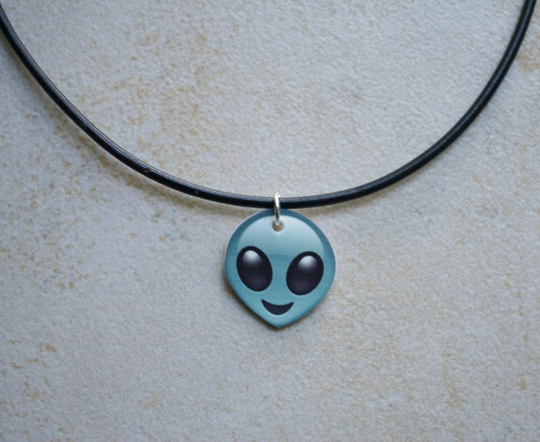 Alien Emoji Choker