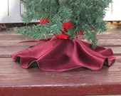 Red and Green Charmeuse Reversable Mini Tree Skirt