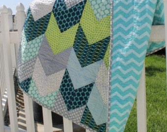 Blue and Green Arrow Tail Quilt