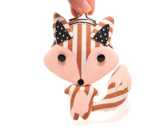 Little stripey red fox clutch purse