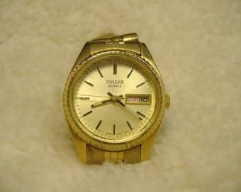 Vintage 1970s Pulsar Day Date Quartz Watch
