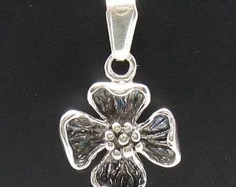 PE000404 Sterling silver pendant   925 solid  flower charm