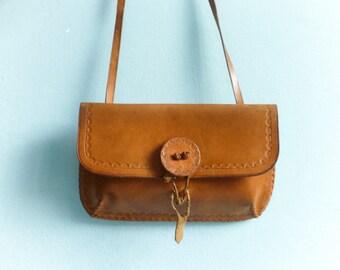 Vintage caramel leather purse pouch bag / rectangular / tooled / rustic / folk / hippie / 1970s 70s