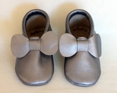 Silver Shiny Metallic Bow Grey, Gray Genuine Real Leather Moccasins, Moccs, Shoes