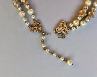 Vintage Faux Pearl and Naturalistic Shell Necklace