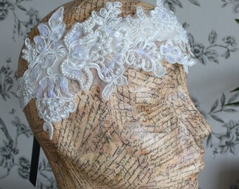 Lace vintage style Wedding hair. Ivory Great Gatsby Fascinator