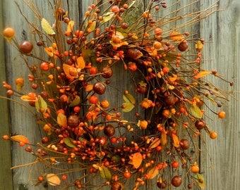 Wreath , Pumpkins Gone Wild , Fall Wreath , Door Wreath , Wreath Fall , Autumn Wreath , Pip Berry Wreath