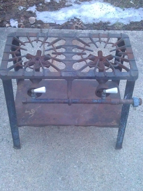 Antique Griswold 320 Two Burner Portable Stove With Porcelain