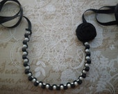 Ribbon necklace with pearls and flower - Black necklace with white glass pearls and flower