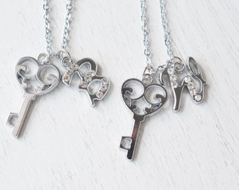 personalized key necklace, gift for best friends, bff gift, initial necklace, 2 keys best friend jewelry, initial charm, bridesmaid necklace