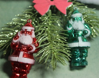 1 Vintage Kitsch Red or Green Metallic Santa Ornament