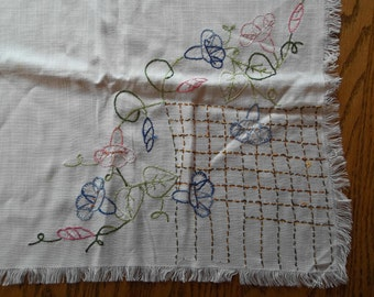 Soft White Vintage Hand Embroidered Floral Linen Card Table Table Cloth
