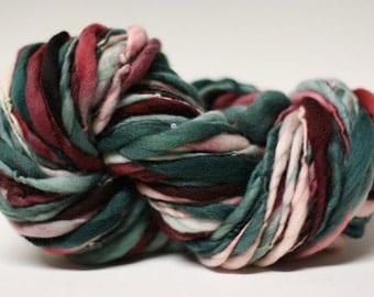 Handspun Yarn Thick and Thin Merino Slub Tts(tm) Hand dyed Self Striping xxlrH47b