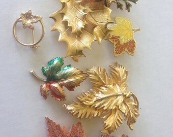 Leaves Brooches Pins Avon Vintage lot 637