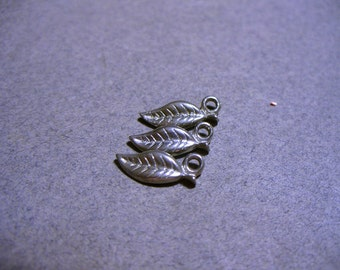 Charm Antique Silver Leaf 12x5mm
