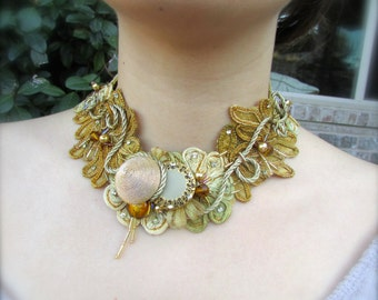 Wedding necklace accessory vintage golden inspiration
