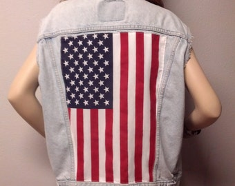 Vintage Levis -Distressed Studded American Flag Style Denim Vest - Mens Size Small --Womens Medium