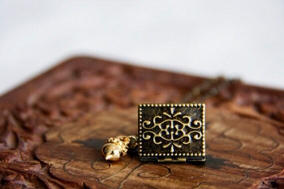 Book Locket Acorn Necklace Acorn Floral Locket Necklace Autumn Fall Acorn Bronze Jewelry - N292
