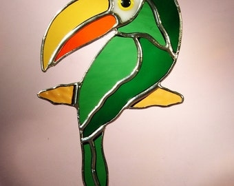 Stained Glass Toucan Bird  (446)