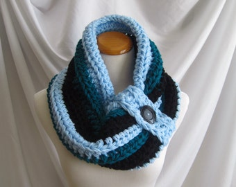 Cowl Chunky Bulky Button Crochet Cowl: Baby Blue, Black and Teal with Black Button