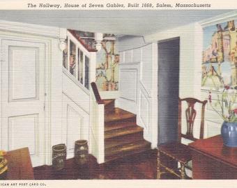 Salem, Massachusetts, The Hallway, House of Seven Gables - Linen Postcard - Unused (S)